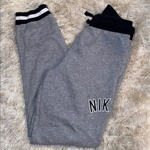 Nike air jogger sweatpants